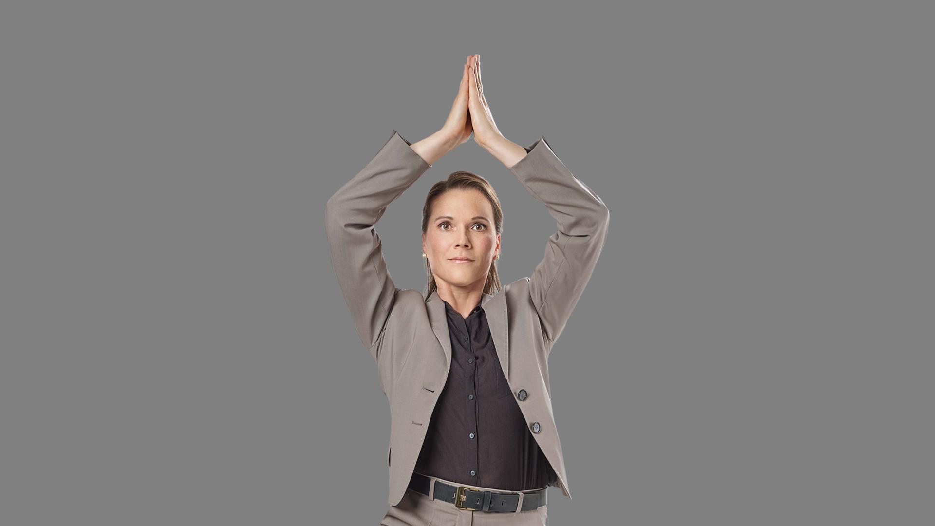 Mitarbeiterin Susanne in Yoga Pose