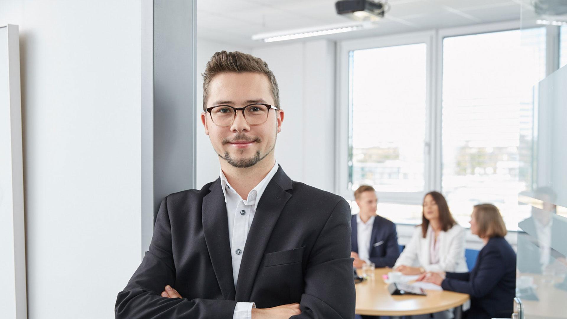 Employee SUXXEED smiling